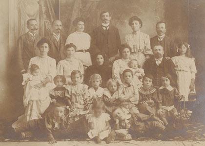 יטקובסקי, משפחה