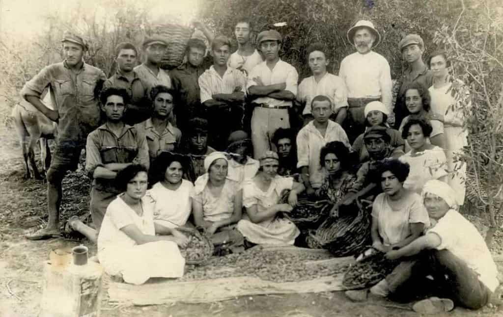 חיי המושבה - moshava-79